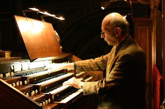fr-h-houbart-au-grand-orgue-de-la-madeleine.jpg